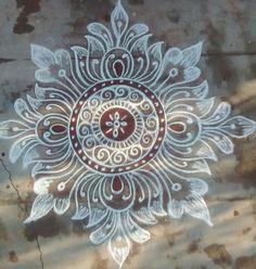 Rangoli Easy Rangoli Designs Diwali, Rangoli Simple, Indian Rangoli Designs, Rangoli Designs Latest, Simple Rangoli Designs Images, Rangoli Designs Flower, Free Hand Rangoli Design, Rangoli Border Designs, Small Rangoli Design