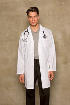 The outfit in the picture is the typical clothing for nurses and ...