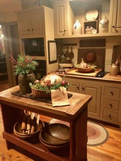 Popular Farmhouse Kitchen Cabinets Decor And Design Ideas To Fuel Your Remodel 50 Kitchen Cabinets Decor, Farmhouse Kitchen Cabinets, Cabinet Decor, Kitchen Ideas, Cupboards, Farmhouse Kitchens, Kitchen Colors, Tuscan Kitchen Decor, Tuscan Kitchens