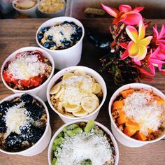 thesuncameouttoplay:  they say that Hawaii and Brazil have the best Acai bowls in the world.. And after this mornings devouring - I certainly agree!!  finally got to experience @haleiwabowls  i've been following them for ages and was so stoked to have my tummy filled with their delicious goodness!  eeeee Hawaii I love everything about you!!  (at Haleiwa Bowls)