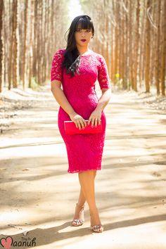Look da Maanuh, vestido vermelho de renda