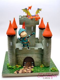 Mike The Knight cake Fancy Cakes, Cute Cakes, Knight Cake, Knight Party, Bolo Artificial, Castle Birthday Cakes, Dragon Cakes, Dragon Party, Cake Wrecks