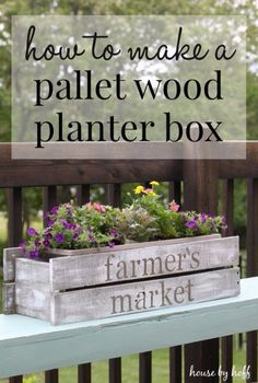 Easy Crafts To Make and Sell - DIY Pallet Wood Planter Box - Cool Homemade Craft Projects You Can Sell On Etsy, at Craft Fairs, Online and in Stores. Quick and Cheap DIY Ideas that Adults and Even Teens Wood Planter Box, Wood Planters, Planter Ideas, Easy Crafts To Make, Homemade Crafts, Easy Diy, Diy Pallet Projects, Woodworking Projects, Craft Projects