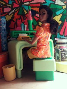 Dream House desk and Re-ment typewriter Diy Barbie Furniture, My Art Studio, Rement, Doll Crafts, Art Blog, The Good Place, Craft Rooms, My Arts, Offices