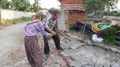 Devriye Haber : Enez ilçesine bağlı Karaincirli ve Vakıf köylerinde evleri hasar gören vatandaşlar yardım bekliyor.