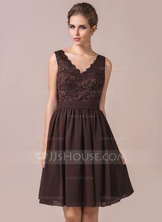 A-Line/Princess V-neck Knee-Length Chiffon Lace Bridesmaid Dress (007056566)