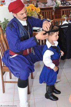 Cretan tradition, from father to son