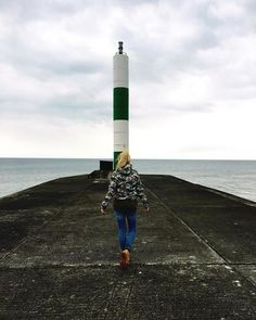 ⚓️ #travel #travelling #travelgram #nature #lovetotravel #lighthouse #aberystwyth #wales #timberland #colours #minimal