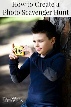 How to Create a Photo Scavenger Hunt for Kids - tips for creating a fun photo scavenger hunt for your kids.