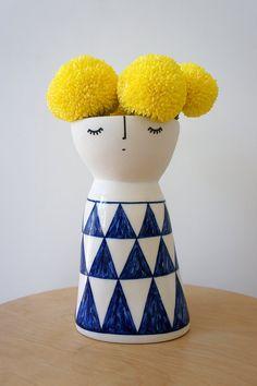 Lanky Miss Alpine – ceramic – stoneware – pottery – vase