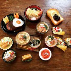 歴代のミニチュアたち、色々。 レベルの違うやたらと精巧なハンバーグ、天ぷらうどん、トーストはもちろん購入品の食品サンプルです @合羽橋 ラーメン、クレープはレッスンで作ったもの。さあ、久しぶりの制作を始めて参りたいと思います。 − #麺がやたら多い #合羽橋 #日本ミニチュアフード協会 #懐かしい #ミニチュアフード #フェイクフード #沖縄料理ミニチュアフード #沖縄料理 #沖縄 #miniaturefood #fakefood #okinawa #okinawanfood