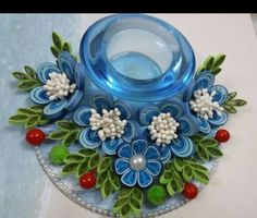 Paper Quilling Jewelry, Quilled Paper Art, Quilling Paper Craft, Quilling Patterns, Quilling Designs, Cd Crafts, Paper Crafts, Paper Quilling Tutorial, Quilling Christmas