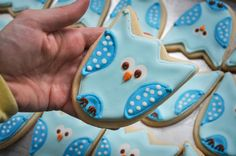 Owl Cookies... will be doing pink ones for Sophias Owl themed birthday party!