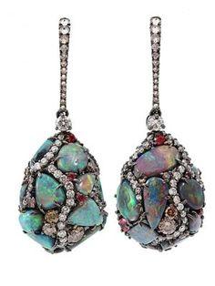 Hängeohrringe aus 18kt Gold mit Opalen und Diamanten