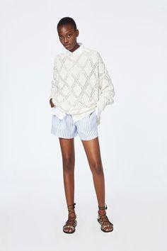 Ermanno Scervino Resort 2020 Fashion Show Collection: See the complete Ermanno Scervino Resort 2020 collection. Look 17 Knitwear Fashion, Knit Fashion, Fashion Fashion, Classy Yet Trendy, Jumpsuit Pattern, Ermanno Scervino, Fashion Show Collection, Vogue Russia, Apparel Design