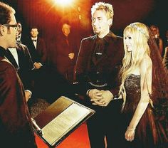 Princess Avril: More details about the marriage of Avril and Chad magazine Hello!