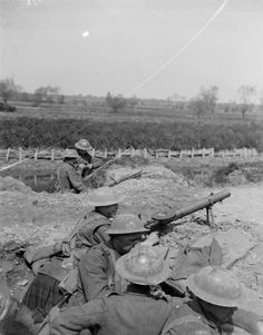 Outpost manned by the 11th Battalion, Argyll and Sutherland Highlanders on the banks of the Lys Canal near St Floris, 9 May 1918.