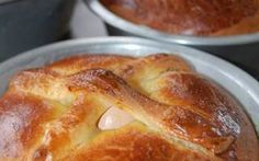 Portuguese Easter recipes recall happy New Bedford childhood - Entertainment - p. Portuguese Easter recipes recall happy New Bedford childhood - Entertainment - providencejournal. Portuguese Sweet Bread, Portuguese Desserts, Portuguese Recipes, Portuguese Food, Portuguese Culture, Portuguese Easter Bread Recipe, Easter Dinner Recipes, Appetizer Recipes, Dessert Recipes