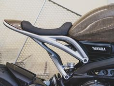 Testbed A Yard Built Yamaha crammed with cutting-edge tech Cb 450 Cafe Racer, Scrambler Cafe Racer, Dominator Scrambler, Cafe Racer Seat, Custom Cafe Racer, Cafe Racer Build, Cafe Racer Motorcycle, Moto Bike, Motorcycle Style