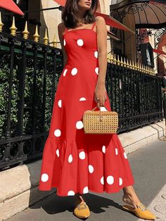 Sexy Polka Dot Sling Sleeveless Maxi Dresses – pretty maxi dresses,maxi dress style,maxi dress summer,maxi dress outfit casual,printed maxi dress Source by EBUYCHIC dress outfits Casual Dress Outfits, Sexy Dresses, Beautiful Dresses, Fashion Dresses, Summer Dresses, Awesome Dresses, Summer Maxi Dress Outfit, Backless Dresses, Beach Dresses