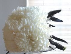 White Mums bouquet - Mums are in season in autumn. White mums mean grief in China. Chrysanthemum Wedding Bouquet, White Chrysanthemum, Wedding Flowers, Bride Bouquets, Bridesmaid Bouquet, Fall Flowers, White Flowers, White Mums, Cute Wedding Ideas
