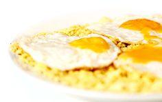 Como servir um simples ovo frito