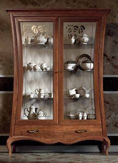 Anouk - Glass case 2 doors, misure H 215 P 50 L 166 Crockery Cabinet, Antique China Cabinets, Home Room Design, Bed Design, Home Interior Design, Solid Wood Furniture, Home Decor Furniture, Furniture Design, Glass Cabinet Doors