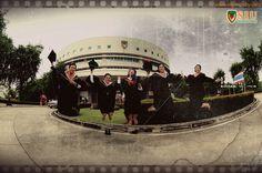 Graduation Photography © www.nikonbaby.com