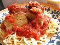 Spaghetti with Red Sauce & Meatless Pecorino Meatballs
