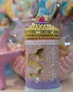 Personalizado luxo sereia Mermaid Birthday, Ariel, First Birthdays, Projects To Try, Perfume Bottles, Birthday Parties, Photo And Video, Party, Gifts