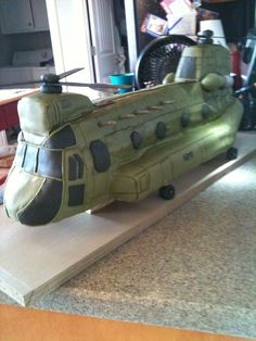 CH-47 Chinook Helicopter — Children's Birthday Cakes