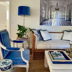 Top Interior Designers: Alessandra Branca Living Room Lounge, Chinoiserie Chic, Top Interior Designers, Design Case, Love Seat, Blue And White, Furniture, Home Decor, Saturday Morning