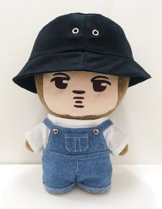 Media Tweets by 무피클 (@exo_doll_dress) on Twitter Exo Merch, Plushies, Boy Groups, Doll Clothes, Kpop, Dolls, Hats, Twitter, Memes