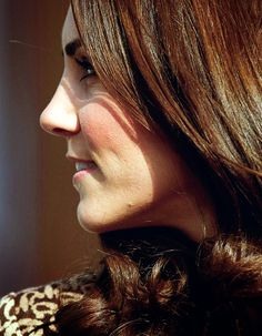 Km-dofc: Duchess of Cambridge in Orla Kiely at the Oxford Spires Academy, February 21, 2012.