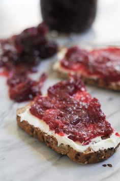 Simple Fresh Cranberry Jam - the perfect condiment for any meal, especially when smeared on top of creamy mascarpone cheese! From @heathersdish #thanksgiving #cranberries #fallrecipes