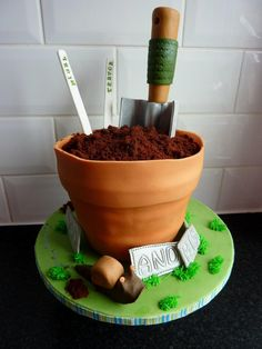 3d plant pot cake Dad Birthday Cakes, 80th Birthday, Fun Cakes, Cupcake Cakes, Realistic Cakes, Food Decorating, Garden Cakes, Kitchen Magic, Character Cakes