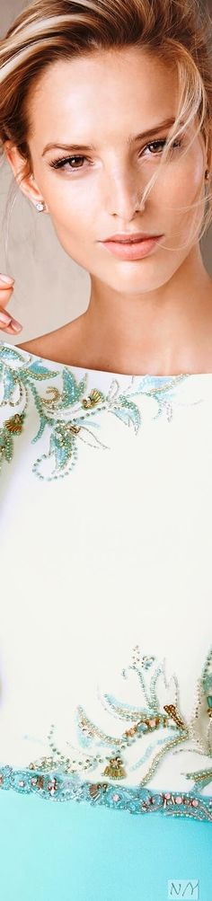 Pronovias 2017 Cocktail Dresses/Caula Couture Details, Couture Ideas, Fashion Themes, Pin Logo, Butterfly Kisses, Embroidered Clothes, Ribbon Work, Bold Prints, Bead Crafts