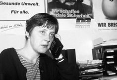 Angela Merkel circa 1990 looking like she's posing for a lost Belle and Sebastian EP cover Ddr Brd, Alter Computer, Venus, History Of Germany, Belle And Sebastian, Rda, Socialist State, Central And Eastern Europe, The Third Reich