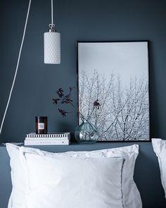 The ' Snowy Tree' print in the beautiful blue-grey bedroom of @suvim_valkoinenharmaja #cocolapine