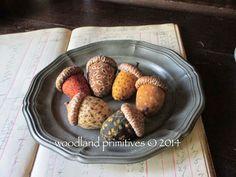Woodland Primitives - free acorn pattern