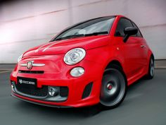Abarth 695 Tributo Ferrari ZA-spec '2012–13