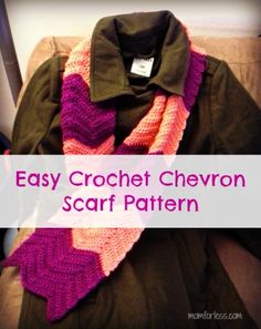 Crochet Scarf Easy Crochet Chevron Scarf Pattern - Make it in a weekend! - An easy and FREE pattern to crochet a chevron scarf. The color and pattern combinations are endless! Crochet Scarf Easy, Crochet Scarves, Crochet Yarn, Crochet Hooks, Free Crochet, Crochet Afghans, Crochet Flower, Irish Crochet, Crochet Crafts