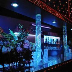 Entdecke den geheimnisvollen Privatclub Mirakel in Wien - First Dates, Beautiful Places, Nice Asses