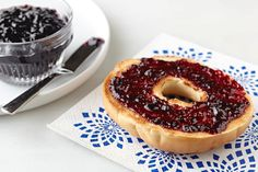 Want to preserve the lusciousness of beautifully ripened elderberries in an easy-to-make jelly? Get out the SURE.JELL Fruit Pectin and let's get started.