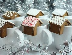 Mini #Gingerbread #House for #drinks