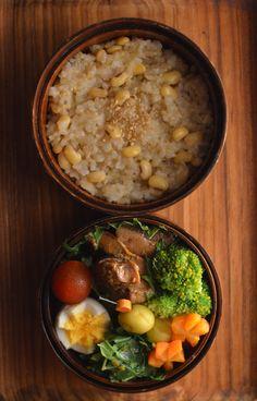 ・みさを大豆×玄米ごはん ・ブリの照り焼き ・ブロッコリー ・ニンジングラッセ ・ハマボウフウ×本田農園の青柚子ごしょうのあえもの ・ゆでたまご ・プチトマト ・サラダ ・お味噌汁