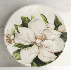 A green and white Easter/spring tablescape/place setting magnolia plates. Painted Plates, Ceramic Plates, Porcelain Ceramics, Fine Porcelain, Pottery Painting, Ceramic Painting, Ceramic Art, Chandelier Art, Plate Art