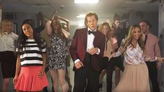 Kevin Bacon Recreates His Iconic 'Footloose' Entrance In Hilarious TV Segment!