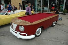 gizmodo.com_assets_resources_2007_08_vw-bus-billiards-600001.JPG[1]