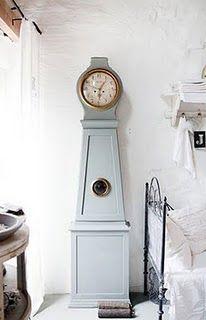 ♕ beautiful bedroom ~ beautiful Mora clock